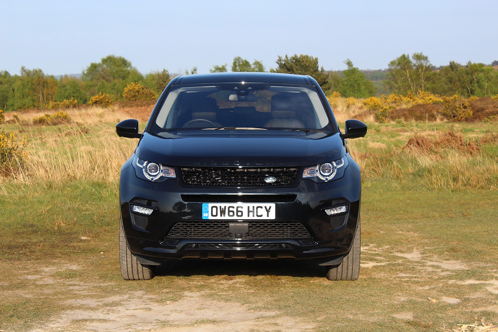2017 Land Rover Discovery Sport TD4 HSE Luxury Dynamic - front