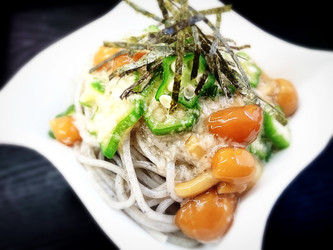 """3brothers  """"mucin"""" sesame_noodles/ 畑のネバネバ """"ムチン""""3兄弟と黒ごまめん"""