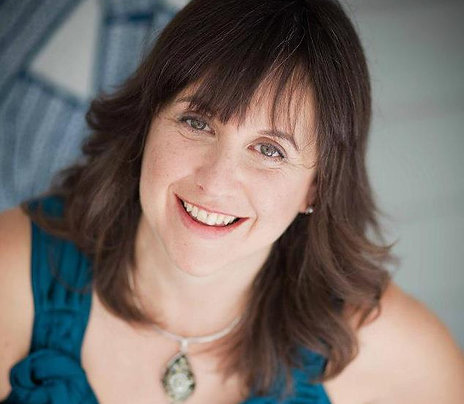 Lia Venet, Transformational Coach