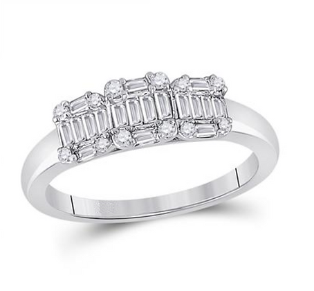 0.50 CTW Diamond Three Stone Ring