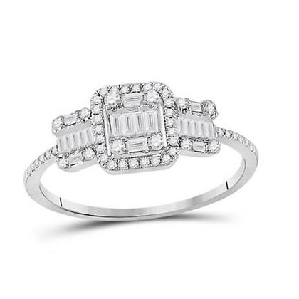 0.40 CTW Diamond Three Stone Ring