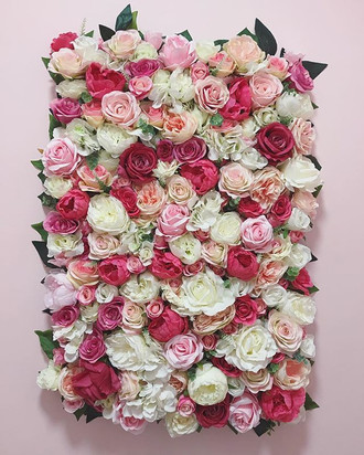 The most gorgeous flower wall for a gorg