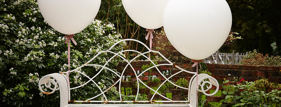 White 36 Inch Feature Balloons- Vintage Affair