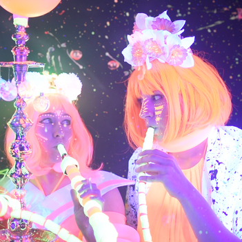 Helium Queens by Sarah Zazz