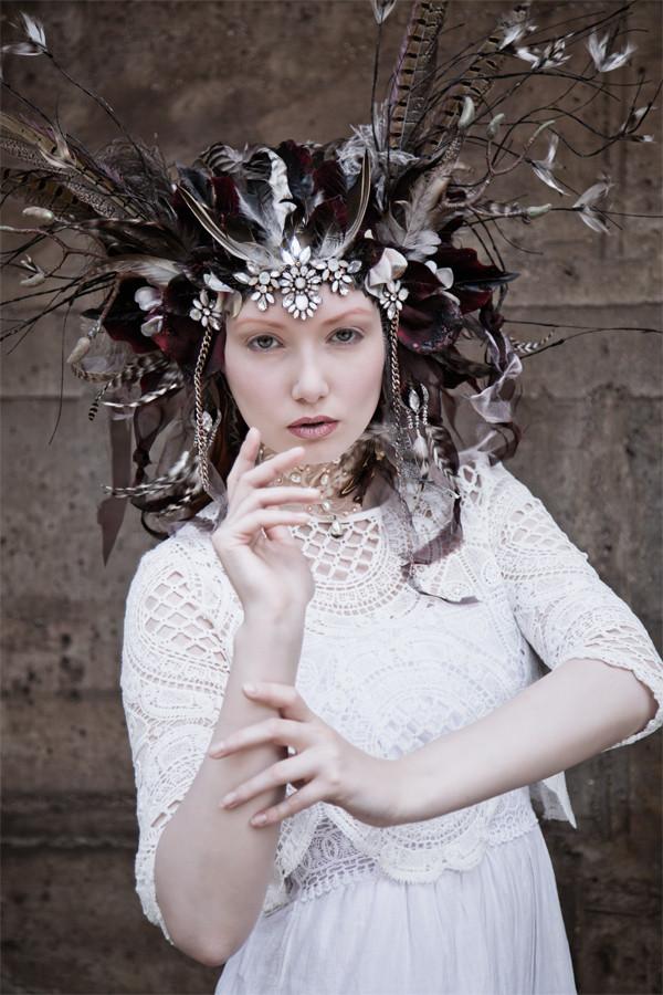 Model: Katia Steinort