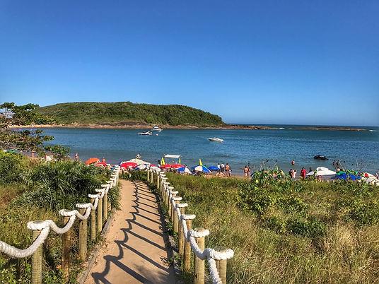 Praia-da-Bacutia-em-Guarapari-2.jpeg