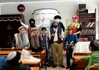 המחזות בבתי ספר עם משה כהן