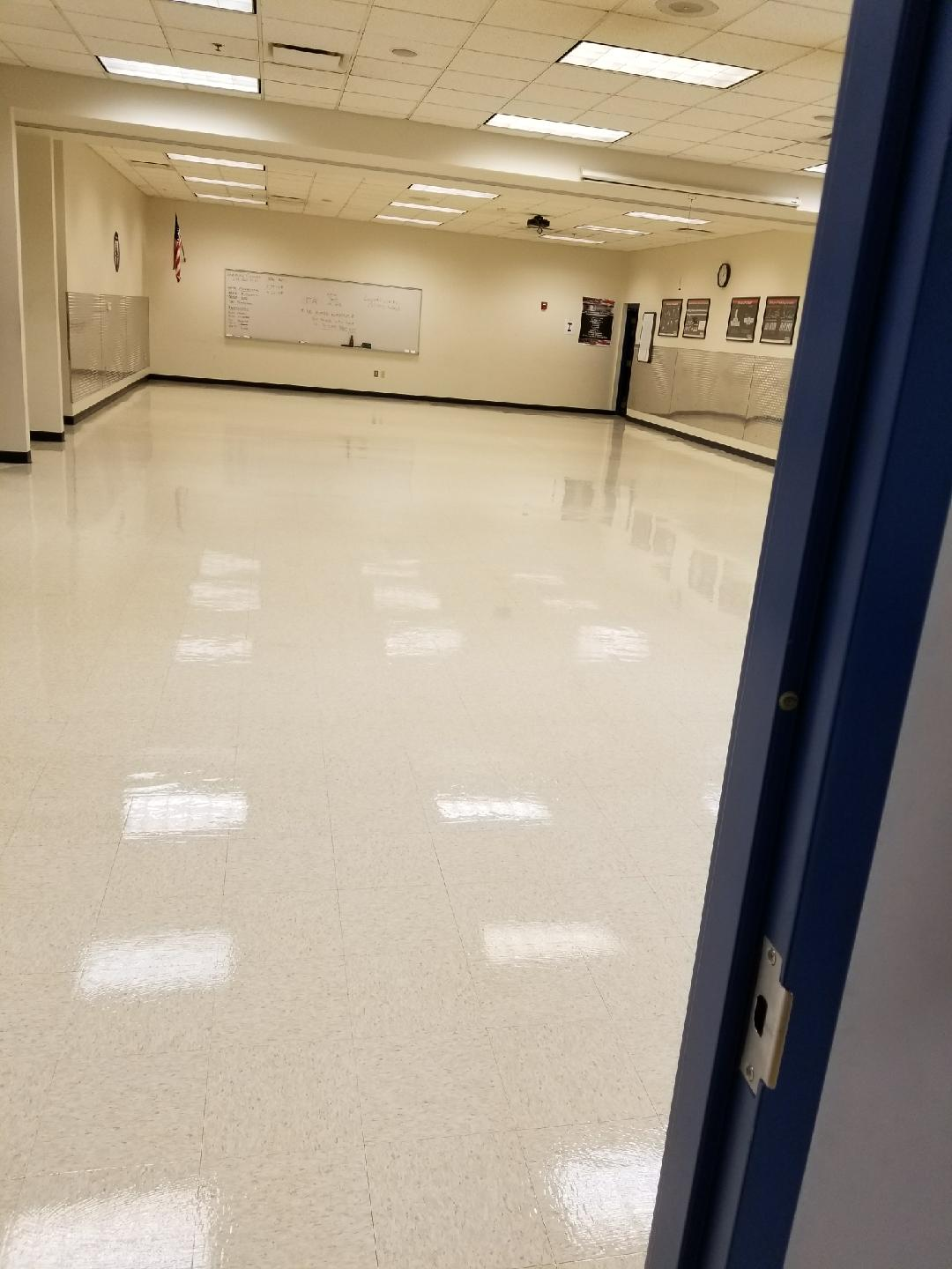 Floor Strip & Wax in Livonia MI