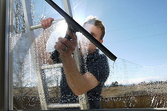 residential window cleaning in commerce mi