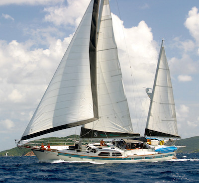 Sail Three Moons Yacht Charter