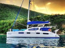 Catamaran Deep Blue 1.jpg