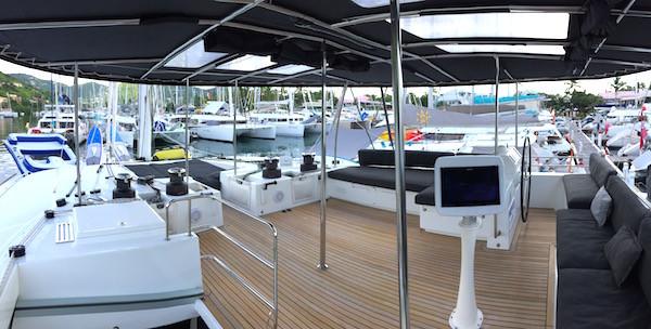 Catamaran London Sky Flybridge