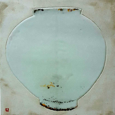 Oh-Man-Chul-Rumination---Moon-Jar-28.5x2