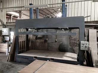 Wood Working - Plywood Compression Machi