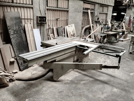 Wood Working - Sliding Table Saw.jpg