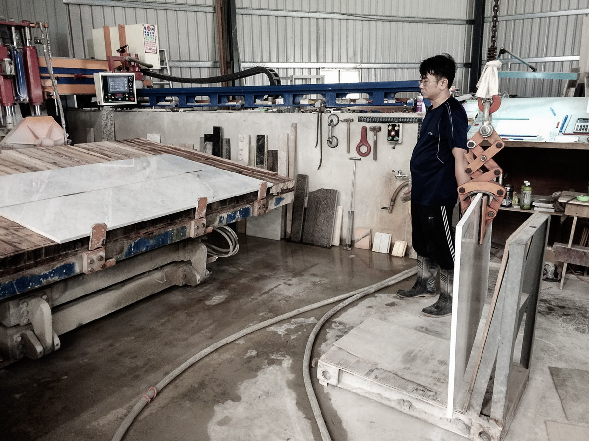 Marble Working - Cutting Slab Machine.jp