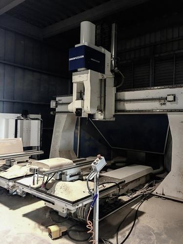 Wood Working - 5 Axies CNC Machine 2.jpg