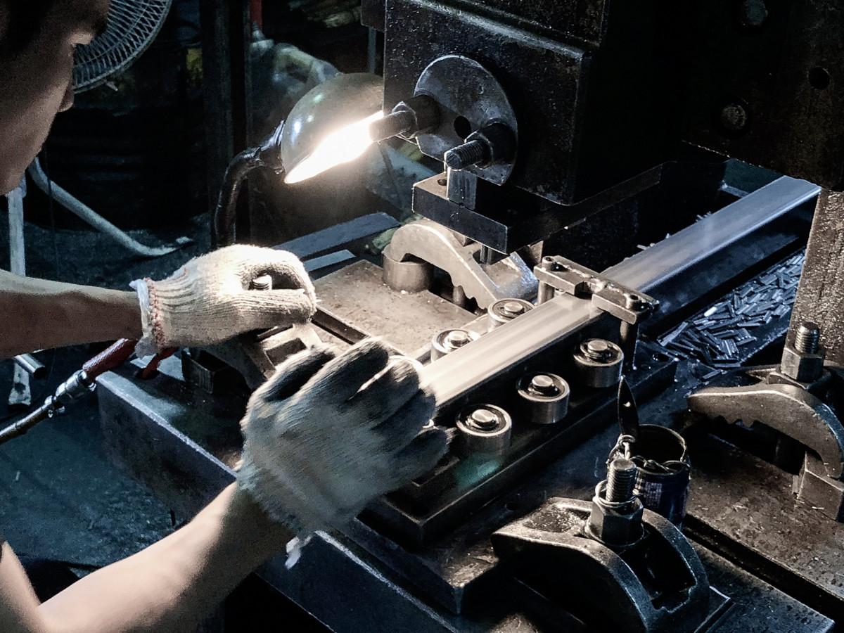 Metal working - Slit Pipe Hole Punching.