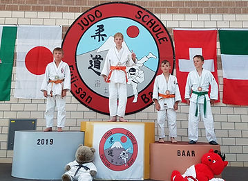 Daniel Kubli am Judo Turnier Baar_edited
