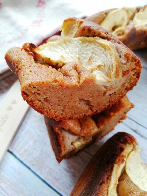 gâteau pomme amande farine de noix bocerno