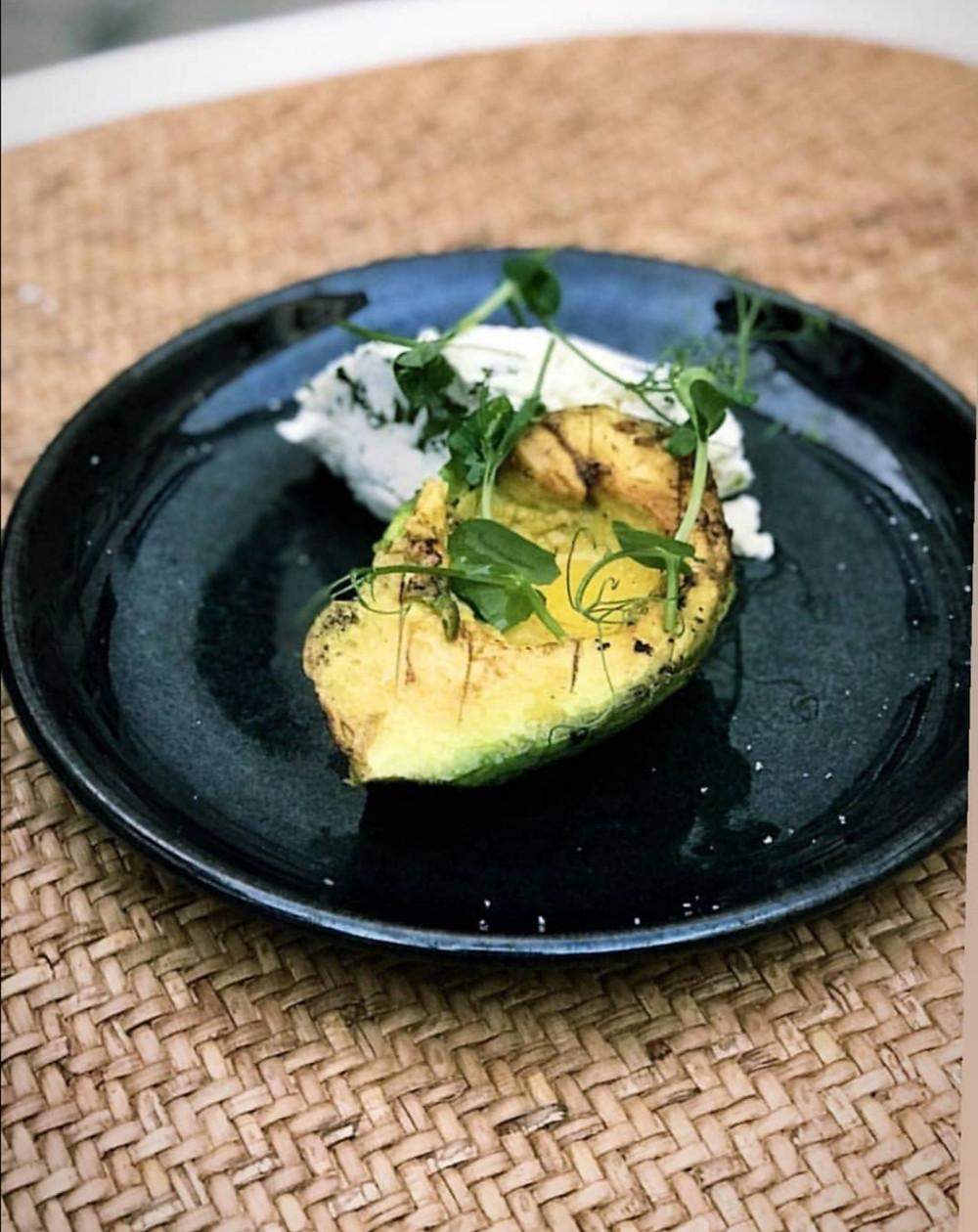 huile de noix bio bocerno tapas avocat fromage de chêvre
