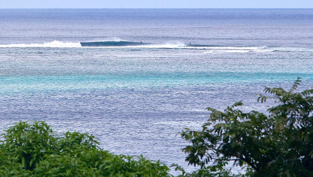 Tahiti Moorea surf trip. 4x4 Surf Tours.