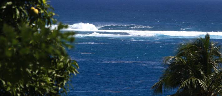 Perfect surf in tahiti. Tahiti surf adventures, 4X4 SURF TOURS TAHITI