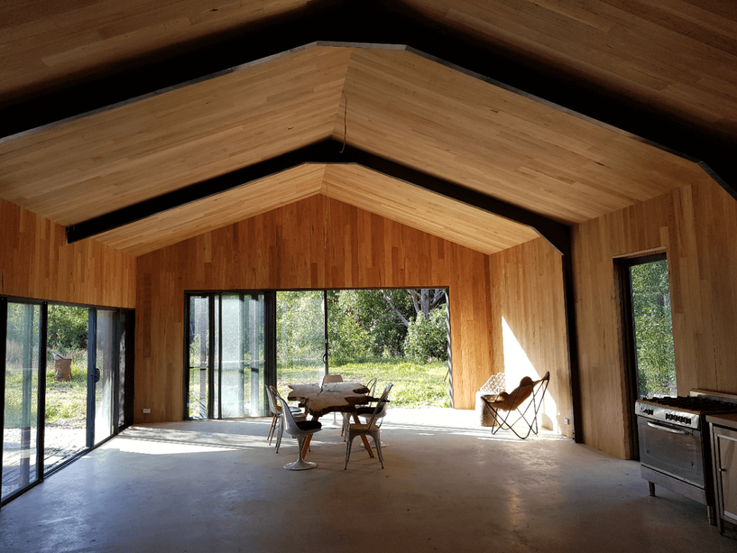Black-Shed-Hinterland-Retreat-Byron-Bay-