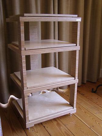 Hi Fi isolation rack. Hi Fi isolation shelving