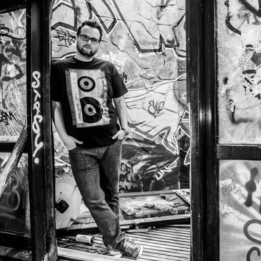 DJ Henrik Suttinger
