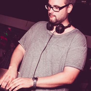 DJ Buchen in Berlin