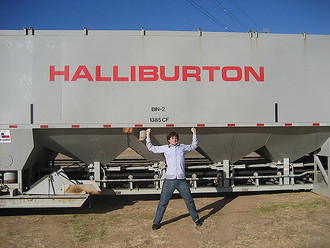 Oil company Halliburton agrees to pay civil charges