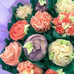 Sculptures_Cupcake_Bouquet_2.jpg
