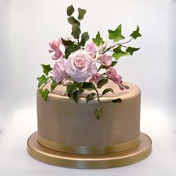 Flowers_Roses_Pink_Cake.jpg
