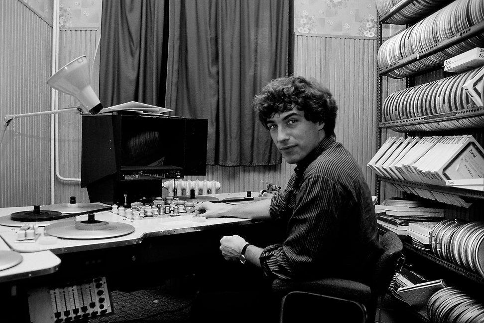 Le cinéaste Janos Veszi. Photographie de Jacques Bravo