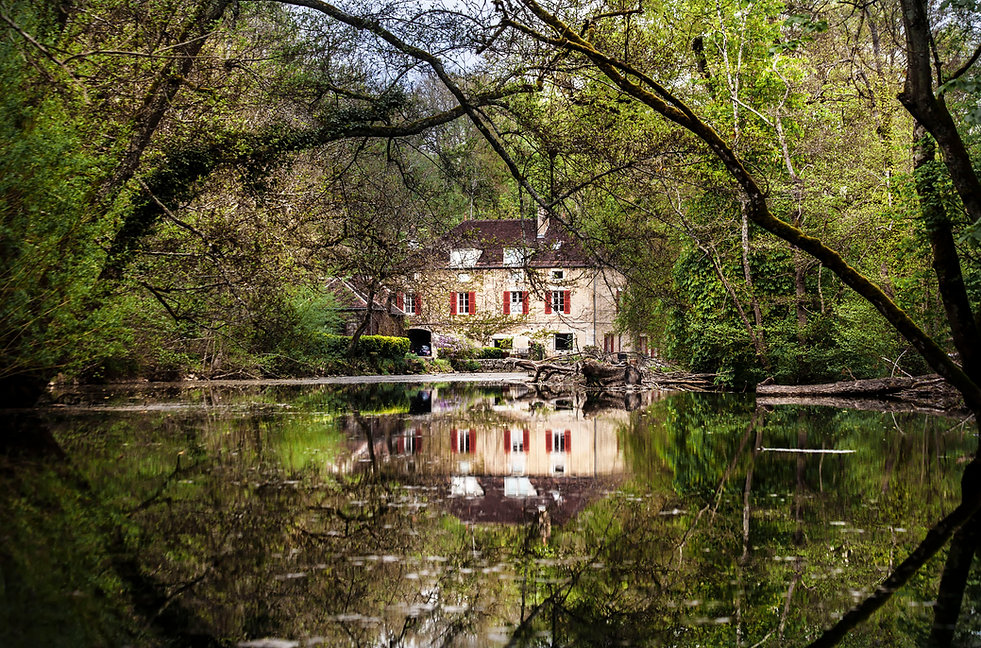Maison de Noyers-sur-Serein dans le département de l'Yonne en Bourgogne. Un des plus beau village de France. Photo de Jacques Bravo