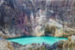 Cratère du volcan Kelimutu, ile de Florès, Indonésie, Jacques Bravo