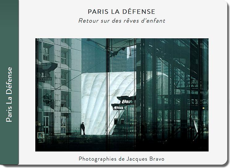 Carnet de voyage à la Défense, Jacques Bravo, la grande Arche, vert, nemo, CNIT, j