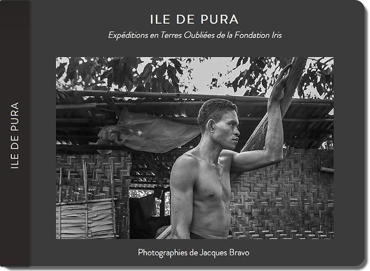 Carnet de voyage du photographe Jacques Bravo dans les peties iles de la sonde en Indonésie. Ile de Pura