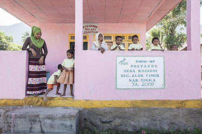 Ile de Besar, petites iles de la Sonde, Indonésie, Jacques Bravo, école