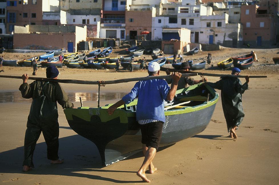 Taghazoute, pecheurs. Maroc . Jacques Bravo