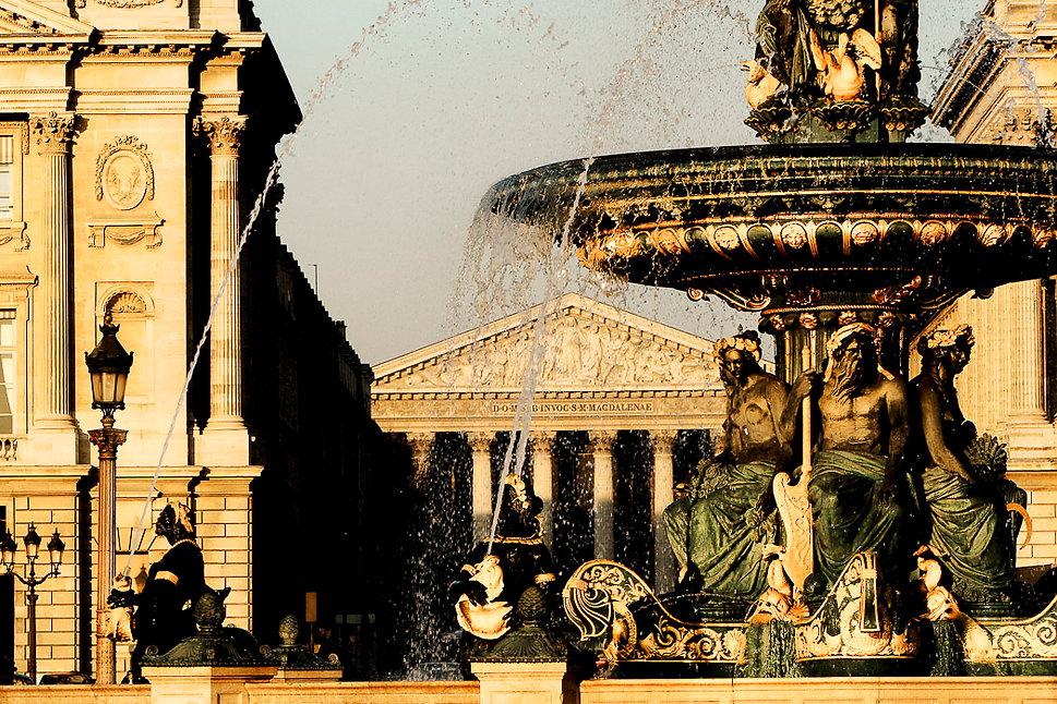 L'église de la Madeleine depuis la fontaine de la place de la Concorde