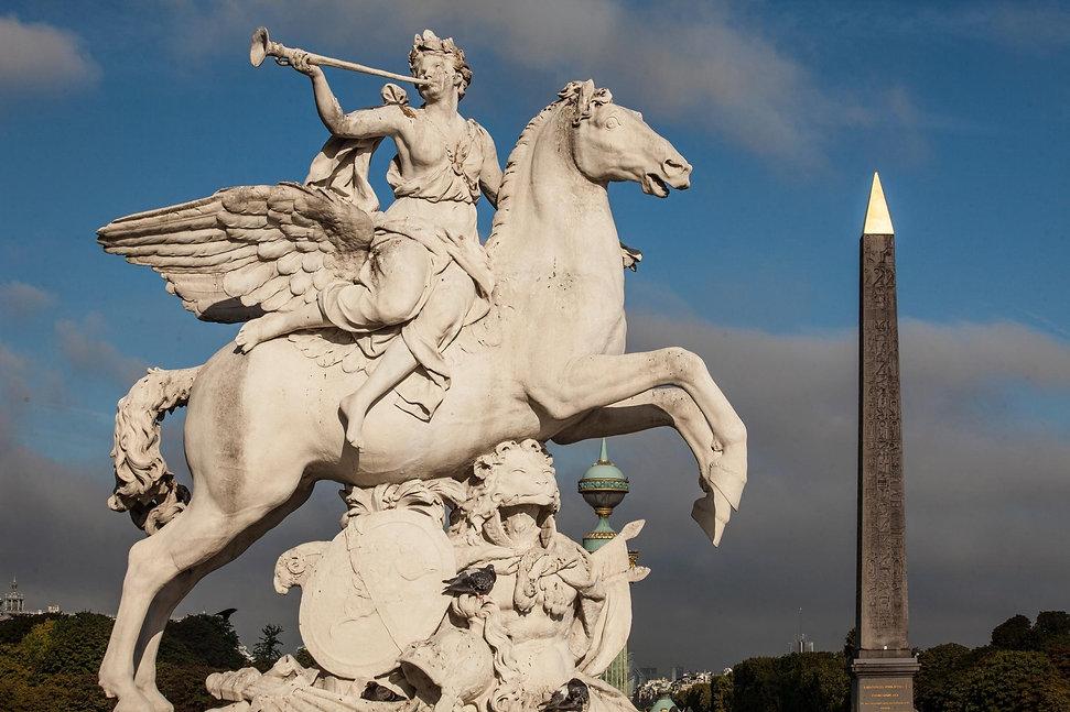 Renommée chevauchant Pégase par Antoine Coysevox,jardins des Tuileries