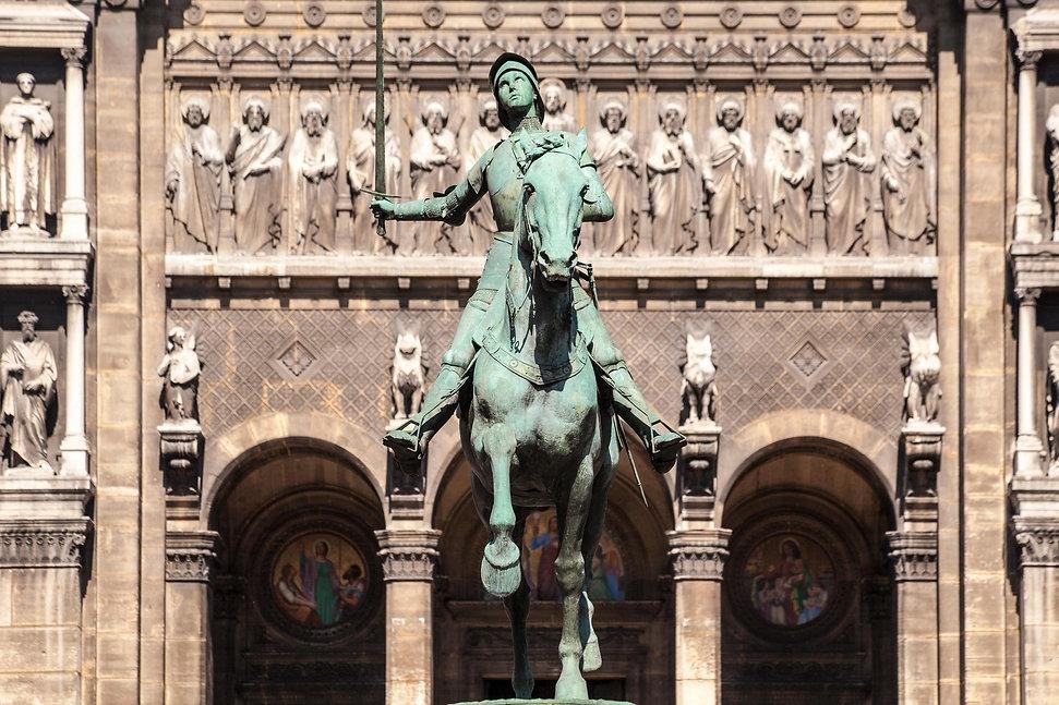 Jeanne d'Arc par Paul Dubois, Place Saint-Augustin