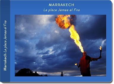 Découvrez les carnets de voyages de  Marrakech-Maroc-La place Jemaa el Fna par le photographe Jacques Bravo