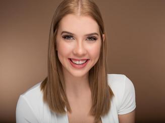 Lauren Taylor simple smile