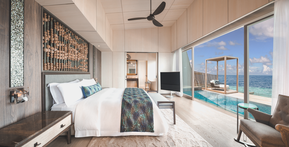 St Regis Suite - Bedroom.png