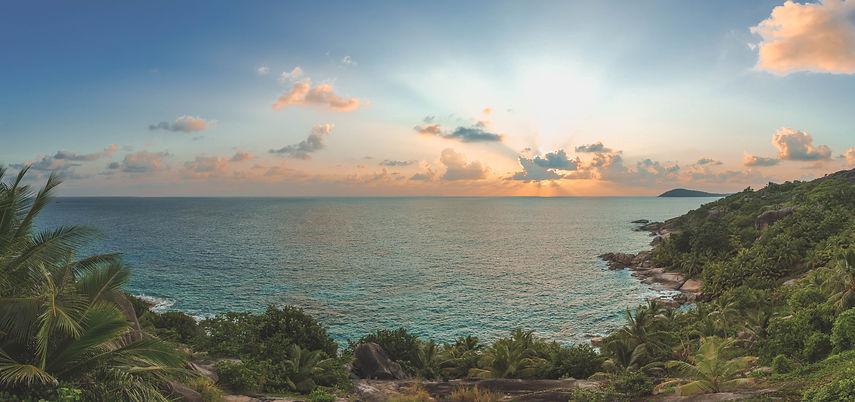 Félicité_Island_East_Coast_[6518-A4] (