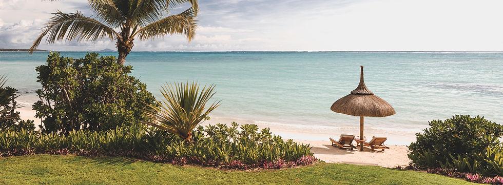 OO_LeSaintGéran_Accommodation_Villa_One_Private_Beach (1)-min_edited.jpg