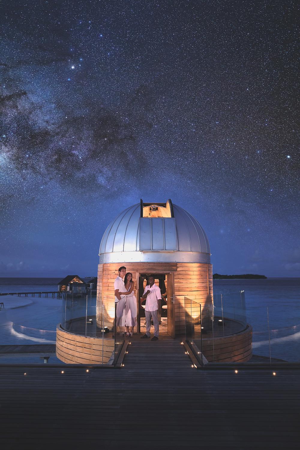 Anantara Kihavah Maldives Dining SKY